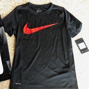 New Boys Nike Shirt & Shorts